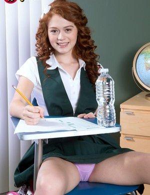 XXX Schoolgirl Pictures
